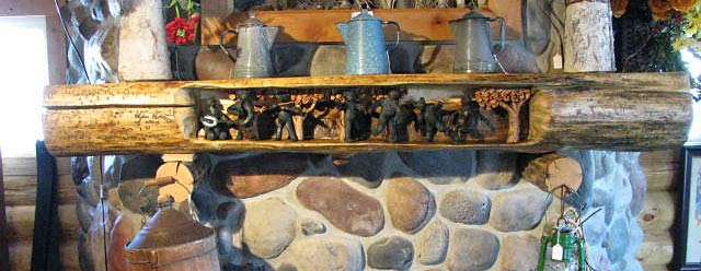 Horn Mountain Living - Dancing Bears Mantel